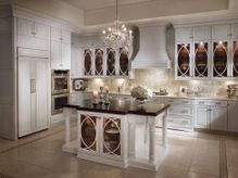 Kitchen Trend | Glass Cabinets