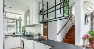 Kitchen Tour: 15-Year-Old Kitchen Get an Elegant Look Post Renovation